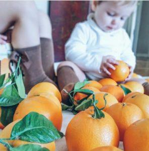 bebe-consume-naranjas